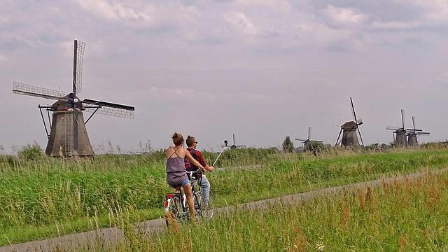 Backpacking in Holland - Windmuehlen