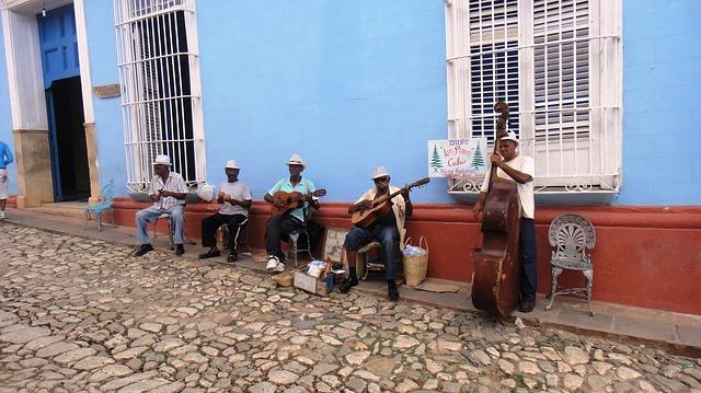 Cuba Backpacking - Street Music