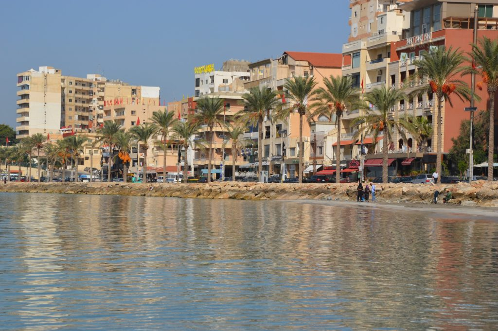 Backpacking im Libanon - Stadt an der Küste