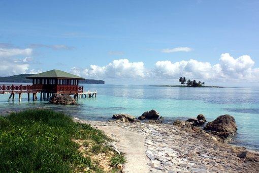 Atlantik und Strand in der Dominikanischen Republik