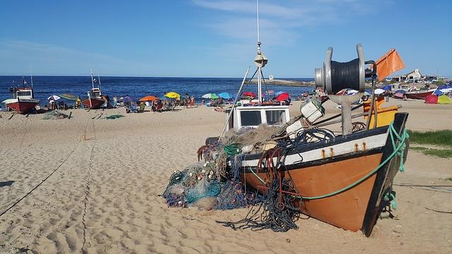 Backpacking in Uruguay - Fishermen
