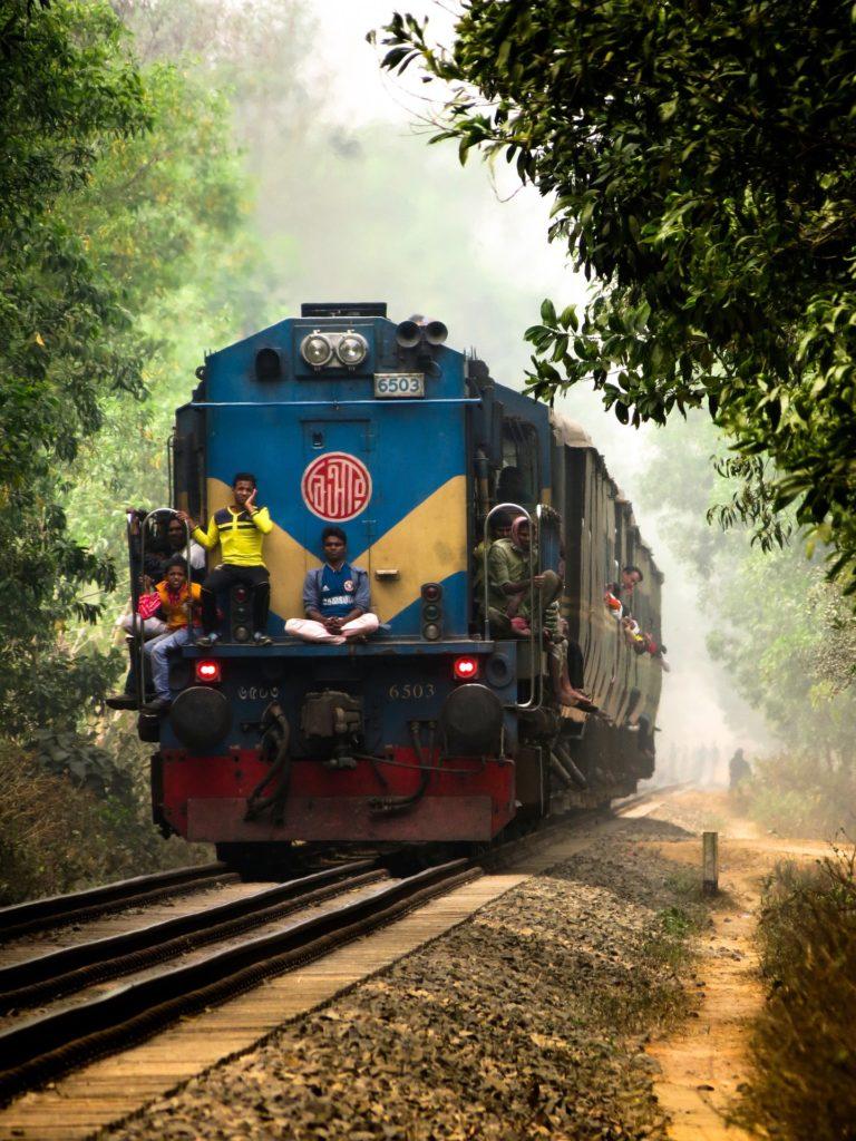 Backpacking in Bangladesch - Abenteuer Bahnfahrt